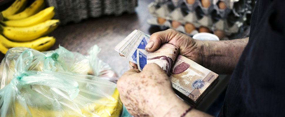 Venezuela: El impacto de incrementar el salario mínimo, más allá de la crisis