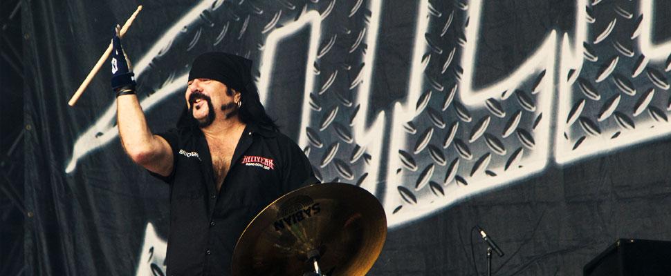 Vinnie Paul: el baterista que revolucionó el metal