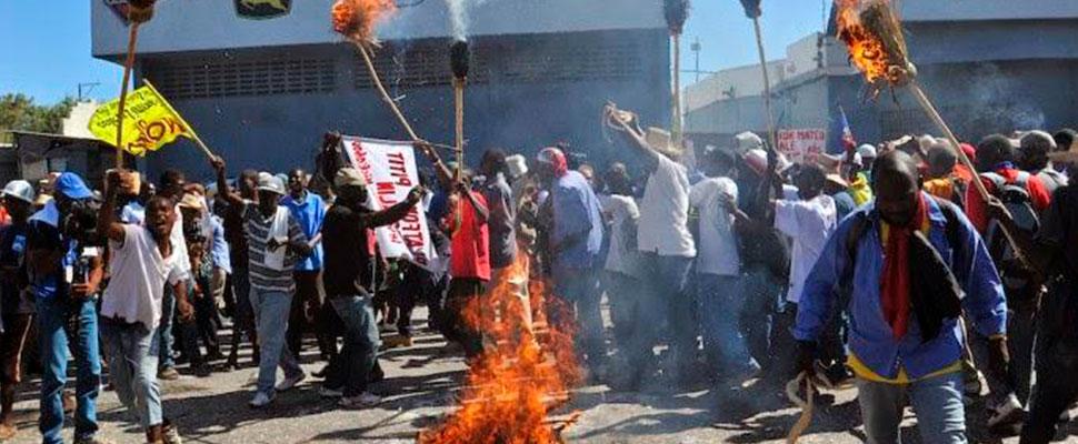 """Primer Ministro de Haití: """"El gobierno condena firmemente los actos de violencia y vandalismo"""""""