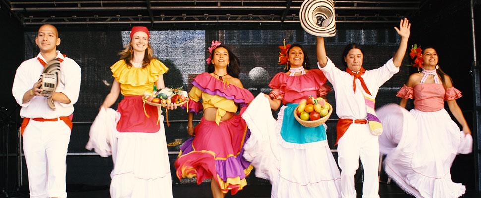 Latinoamérica siempre ha bailado: tres bailes típicos que heredamos de culturas indígenas
