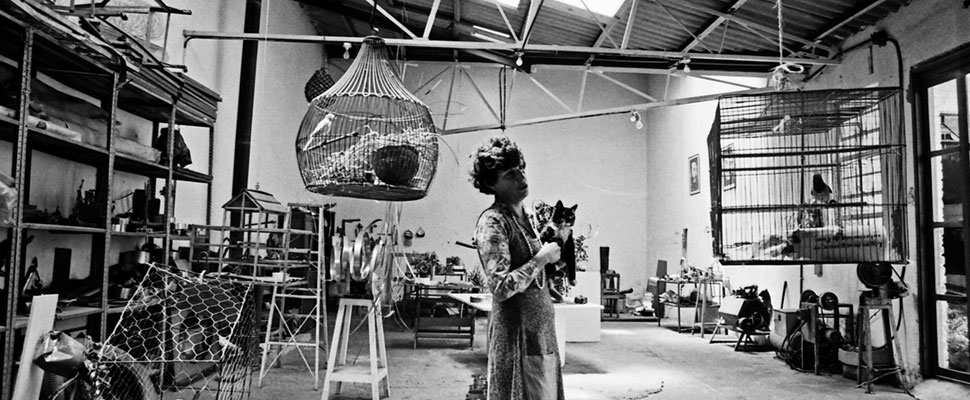 Feliza Bursztyn: the Colombian woman who dared to make sculptures with scrap metal before it was in