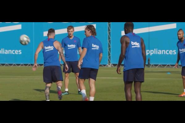 Bareclos FC players