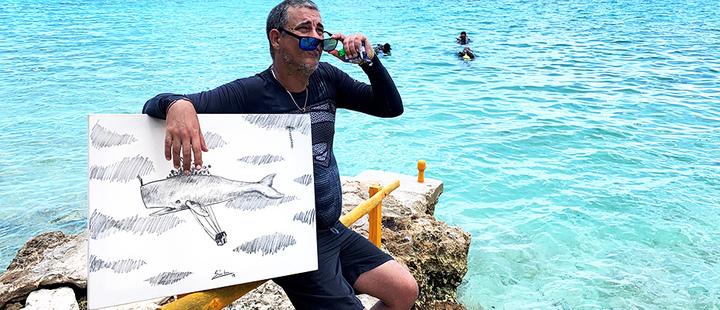Buceo inspira a artista cubano a pintar bajo el agua