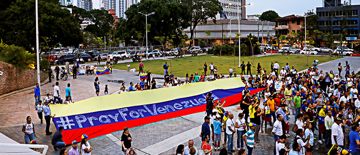 Supporters of the Venezuelan opposition leader Juan Guaido in Panama.