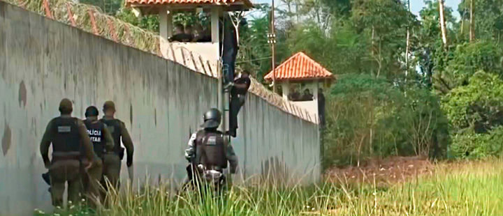 Mass decapitations as at least 52 killed in Brazil prison riot