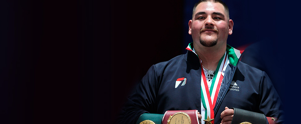 El boxeador Andy Ruiz Jr. campeón mundial de peso pesado, en Ciudad de México.
