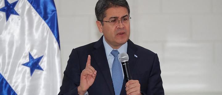 Presidente de Honduras niega haber usado dinero del narcotráfico en campaña