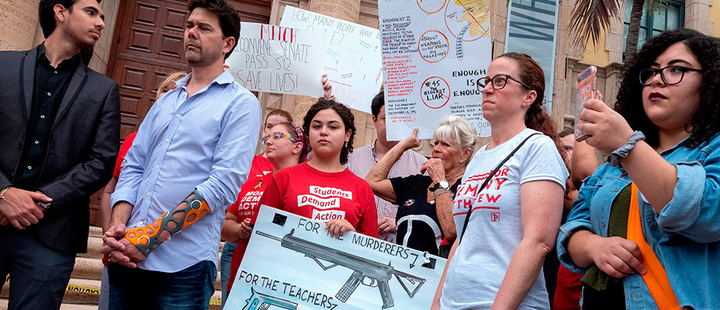 Activist opposed to gun violence attend a demonstration to honor the victims of the El Paso and Dayton mass shoots